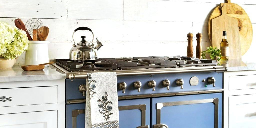 texas farmhouse style buried under plain finishes this kitchen was just waiting to be restored to its authentic farmhouse style texas farmhouse style house plans