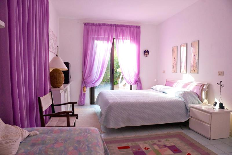 purple walls pink curtains purple color room with matching drapes rug interior design apprentice jobs