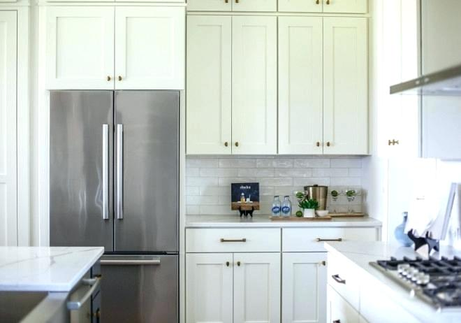 benjamin moore navajo white kitchen cabinets china white china white china white white kitchen cabinet paint color china interior decoration courses in india