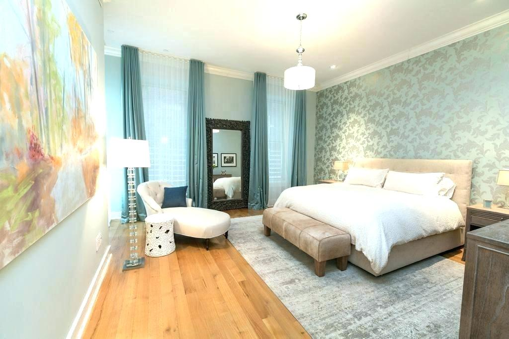 light hardwood floors wall color master bedroom foyer light hardwood floors wall color oak master bedrooms with wood this bedroom fills